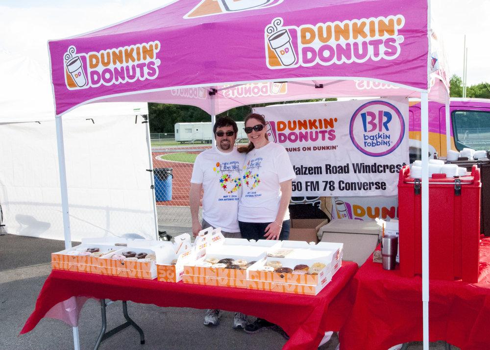 2016 Dunkin' Donuts.jpg
