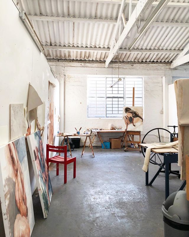 Current studio scene. It is so so exciting to not feel confined to a tight creative space. I drift around here, pinching myself every day, that I am lucky enough to call it my studio. 👐🏻