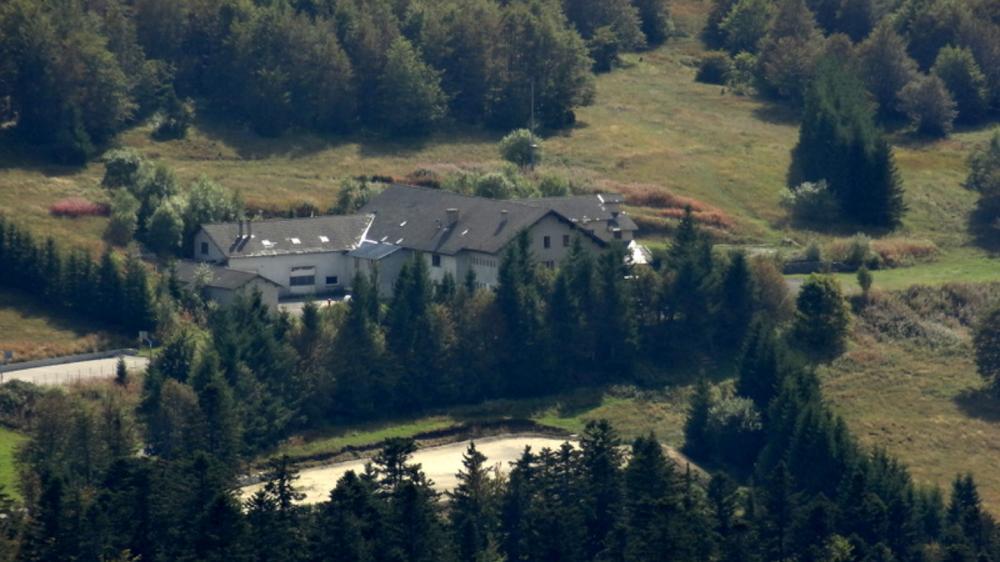 Vue du Centre Bonnefoi depuis le Mont Gerbier de Jonc