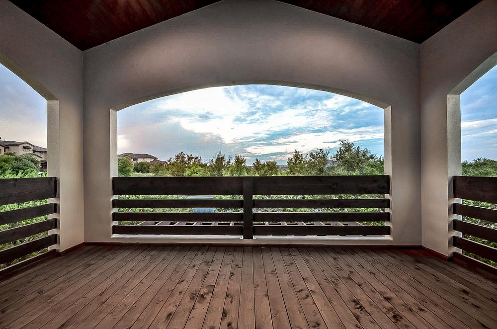 12921 Hacienda Ridge-large-050-Rear Exterior 33-1500x994-72dpi.jpg