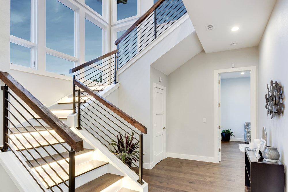 14. 019_Stairs.jpg