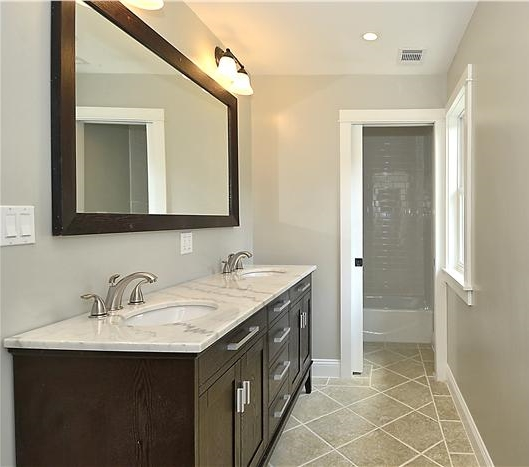 Web_Upper Level-Master Bath(4).JPG