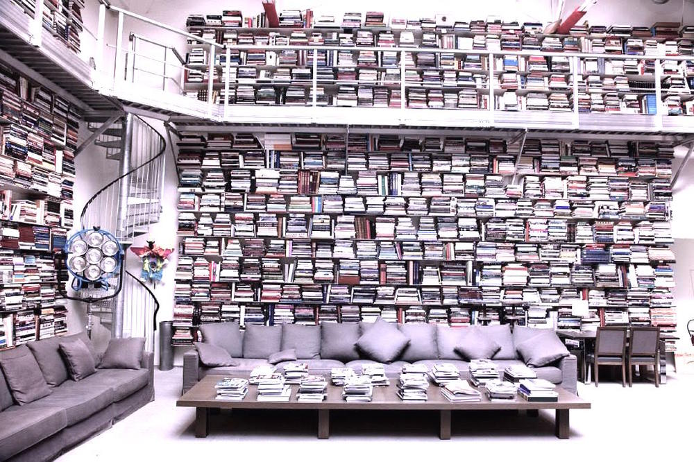 Karl Lagerfeld's home library (!)