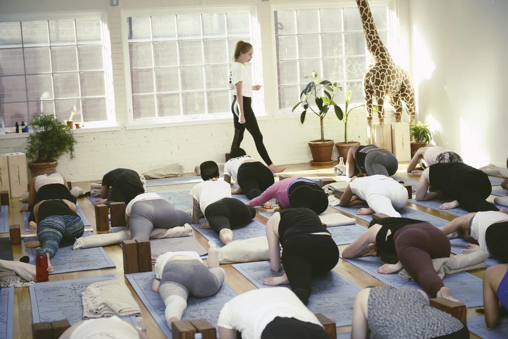 the-ww-club-sky-ting-yoga-womens-day-ting6.jpg