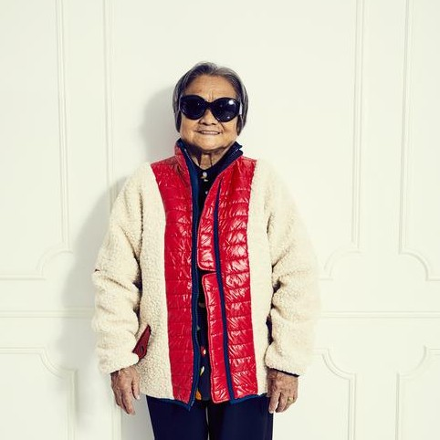 Can't decide what I want more: Sandy Liang's  Chambers fleece , or a hug from her grandma who's modelling it.