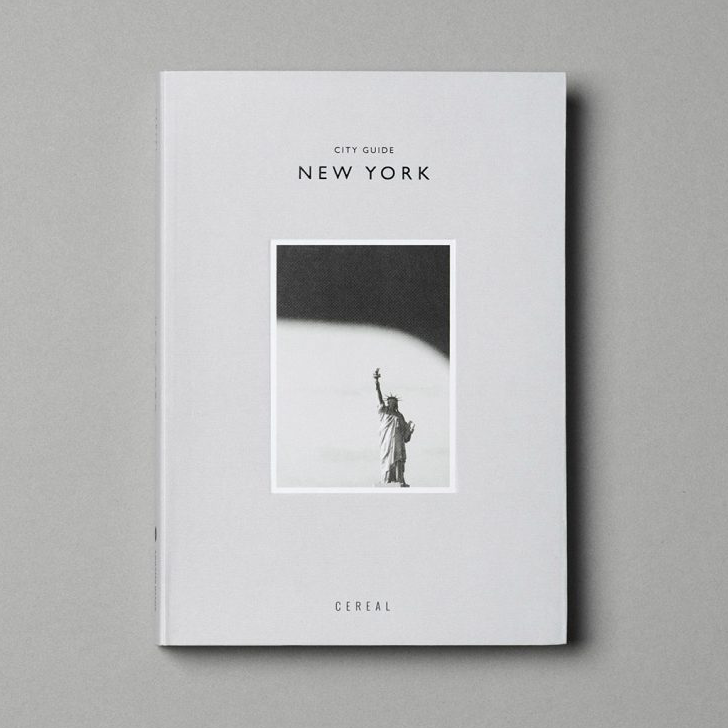 Chic city guides always make for good gifts .