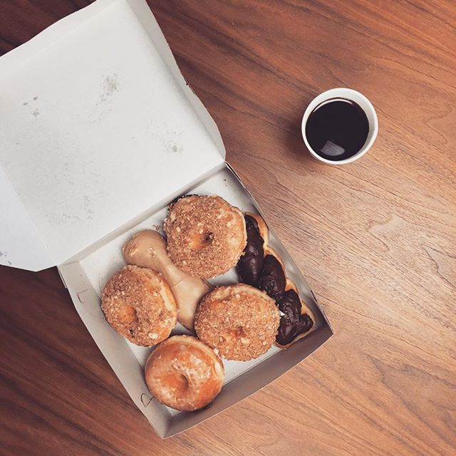 Donut mind if we do! 🍩#forgivethepun #nationaldonutday #workhardeathard