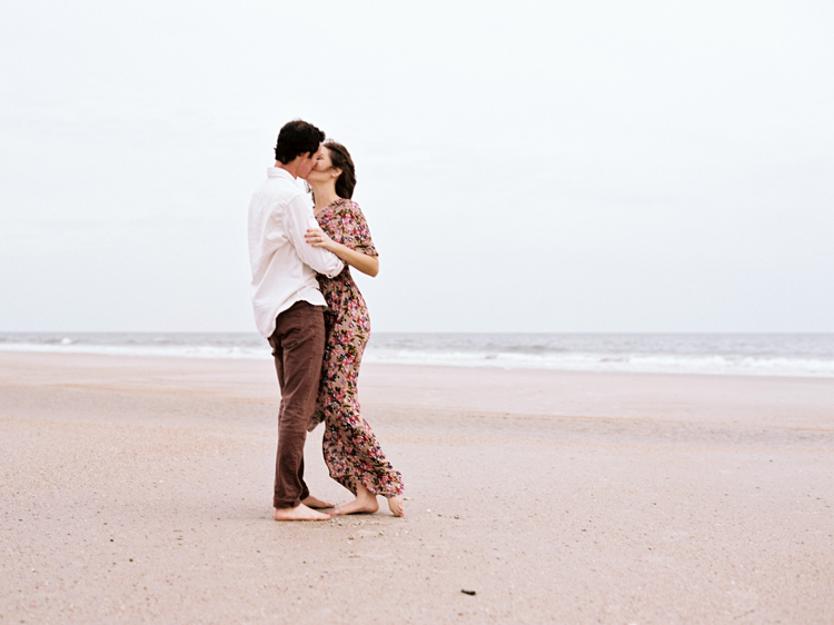 couple-kissing-on-little-talbot-beach-jacksonville.jpg