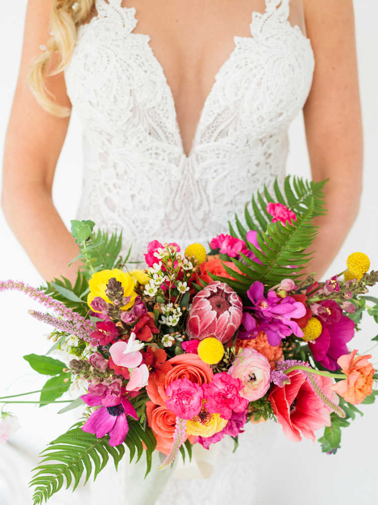 bright-bohemian-wedding-bouquet-florida.jpg