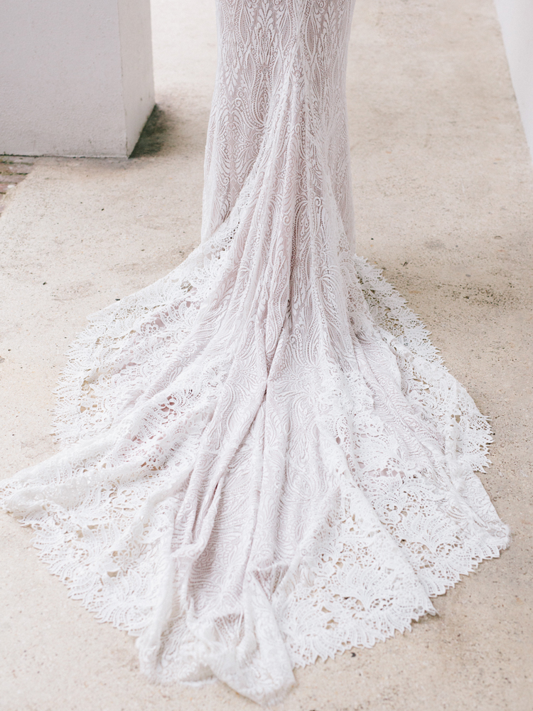 lace-wedding-dress-train