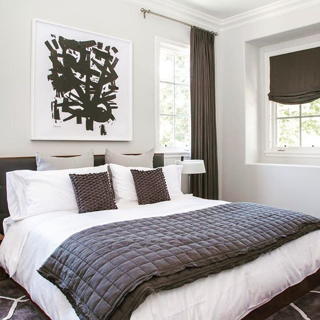 Sometimes you have a summer home in sunny CA, and in that summer home, you just may need a modern guest room so you can have everyone come and enjoy the weather with you.  Photography by @bethanynauert  #dmarinteriors #californiamoderninteriors #tastfultailoredtimeless #hospitalityart #losangelesinteriordesigner #livingroomdecoration #architecturepicture #kitchenart  #aestheticbyme  #pyttliving #custombuilt #architecturelove #custombuild #officedesigntrends #architecturelife #luxuriouslife #luxuryinterior #instainteriors #californiaphotography #californiastyle  #luxury #luxuryhomes #luxurystyle #luxuryrealestate #luxurylifestyle #luxurybrand #interiors #interiordecor #instalove #instagood #instalike #instainterior #like4like #likeforlike #cool