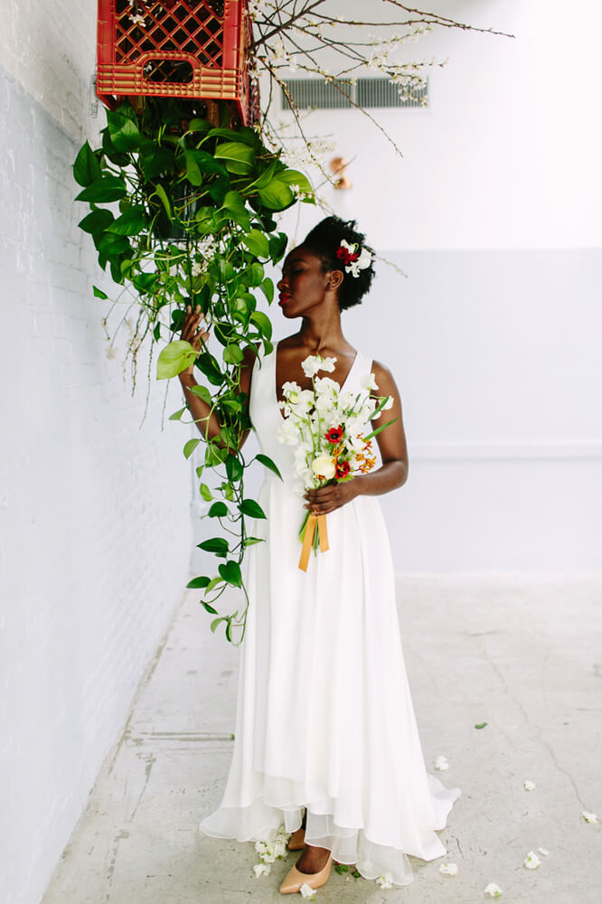SPRING STYLED BRIDAL SHOOT:   Modern, Vintage Vibes