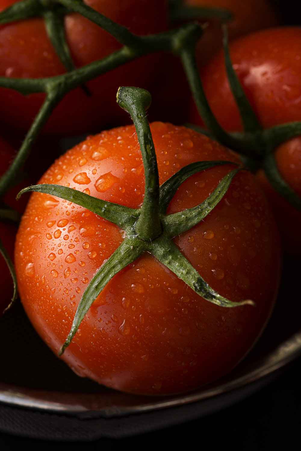 TomatoCloseUp3-HR-SimiJois-2017.jpg