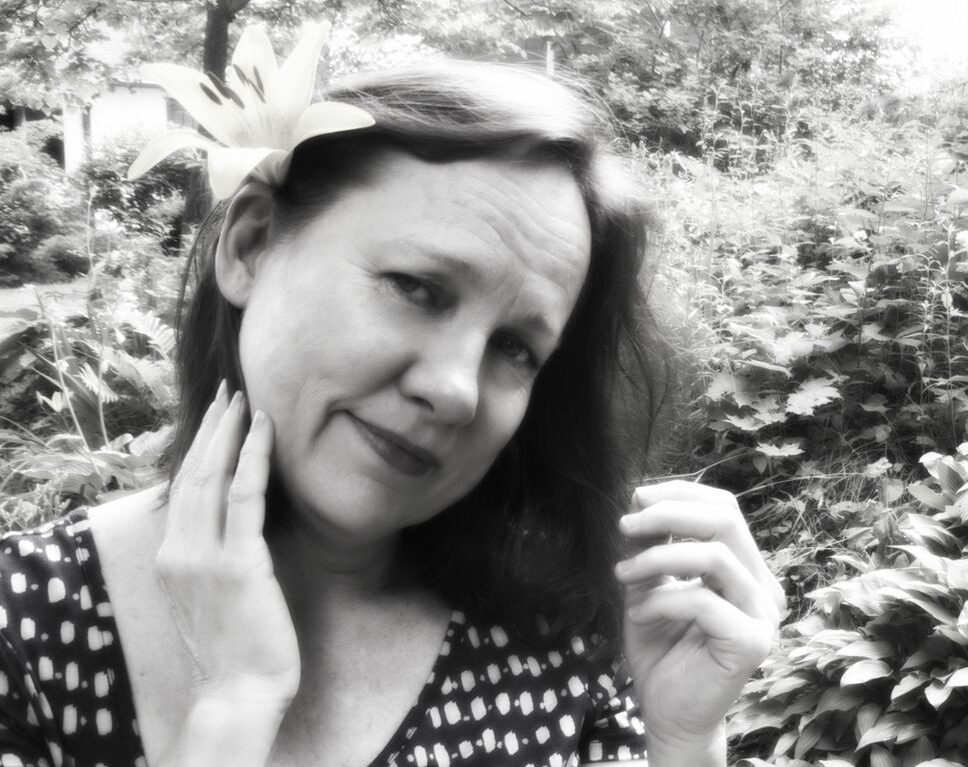 Iris DeMent is exclusively represented by Northstar Artists