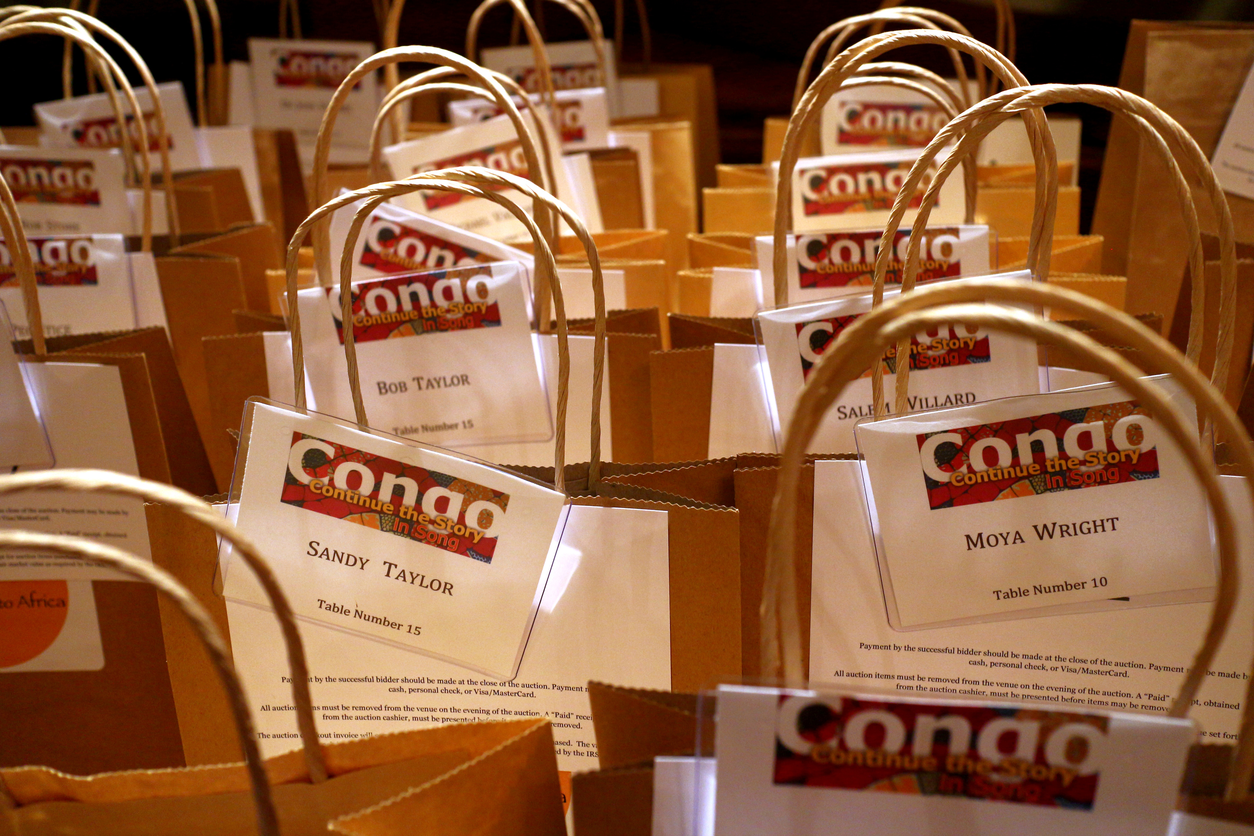 Guest bags were ready to go as the evening began