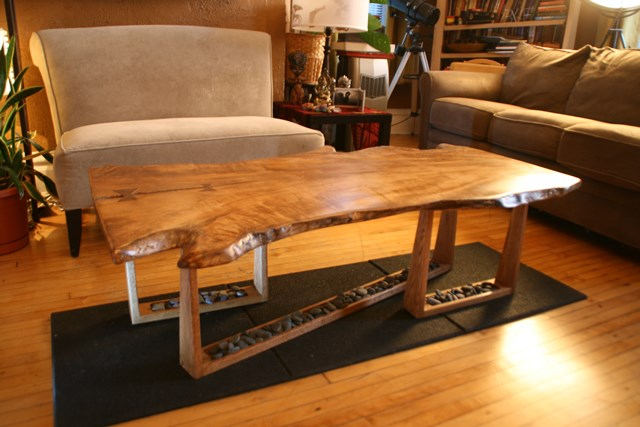 Charmant Live Edge Slab Coffee Table