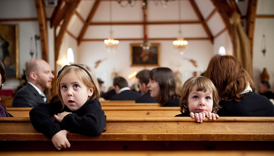 kids in church.jpg