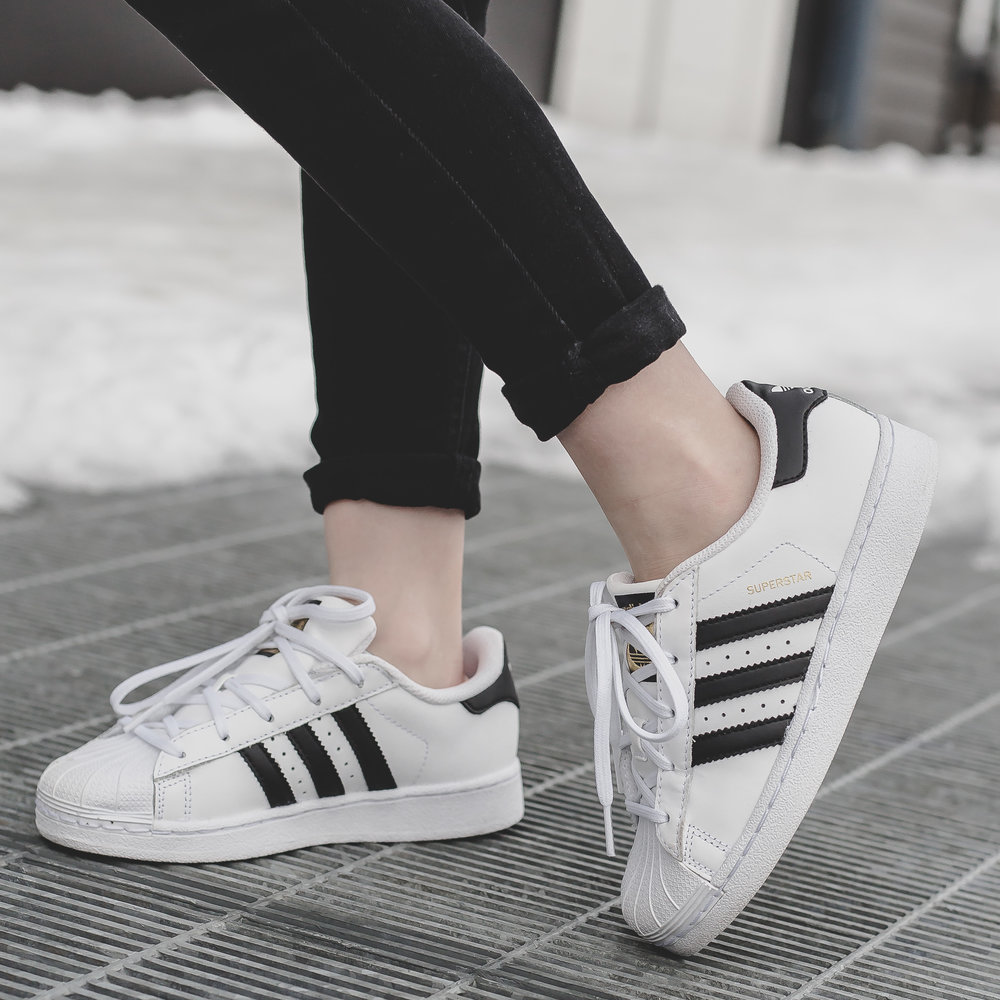 girls adidas superstar