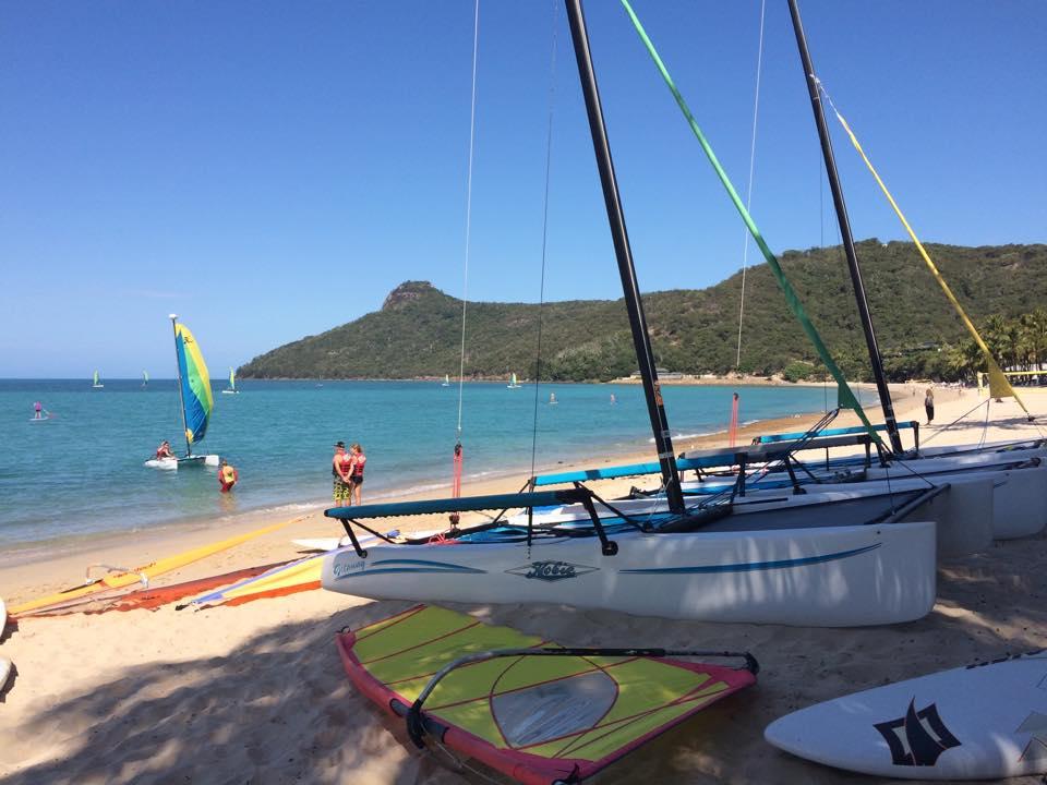 Hamilton Island - beach and boats