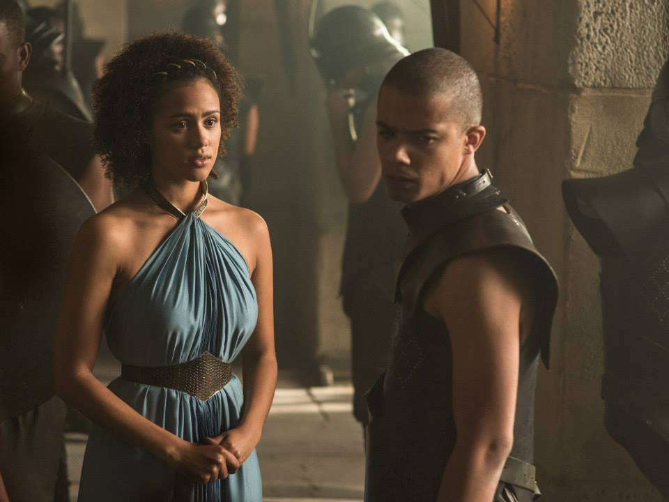 nathalie-emmanuel-as-missandei-jacob-anderson-as-grey-work-game-of-thrones-season-5.jpg