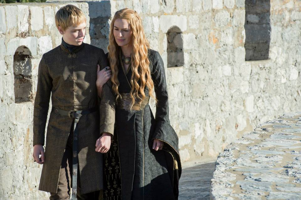 dean-charles-chapman-as-tommen-baratheon-lena-headey-as-cersei-lannister-game-of-thrones-season-5.jpg