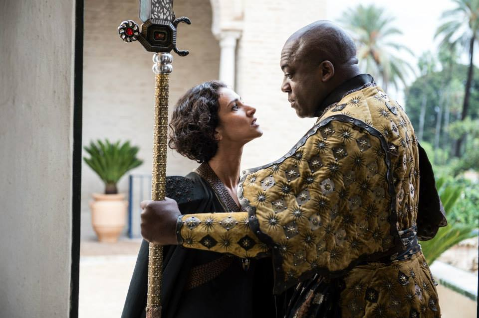 indira-varma-as-ellaria-sand-deobia-opaeri-as-areo-hotah-game-of-thrones-season-5.jpg