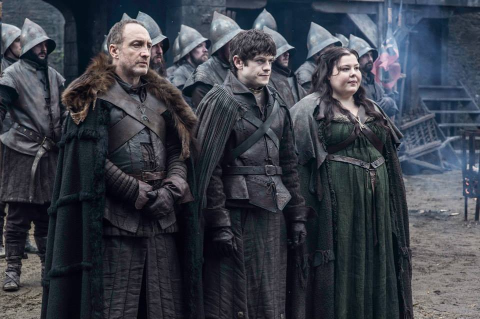 Michael-McElhatton-as-Roose-Bolton-Iwan-Rheon-as-Ramsay-Bolton-Elizabeth-Webster-as-Walda-Frey.jpg