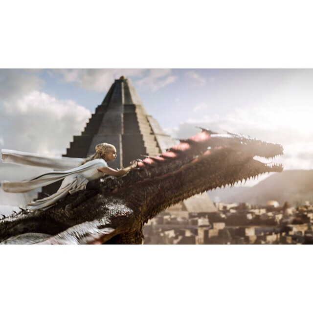 Dany flying on the back of Drogon.  #GameOfThrones #TheDanceOfDragons #Drogon #Meereen #DaenerysTargaryen