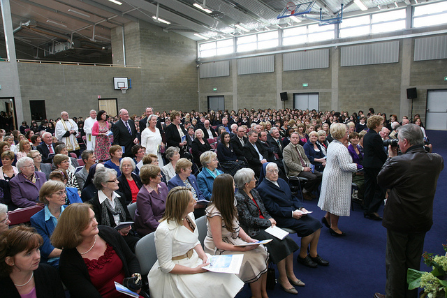 Scoil Chriost Ri Official Opening crowd