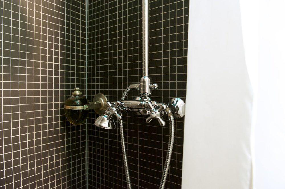 hotel-le-berger-rooms-standard-elodie-03-07.jpg