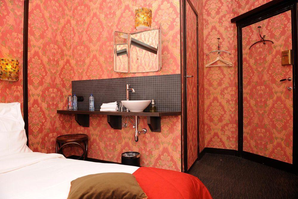 hotel-le-berger-rooms-standard-lola-04-02.jpg