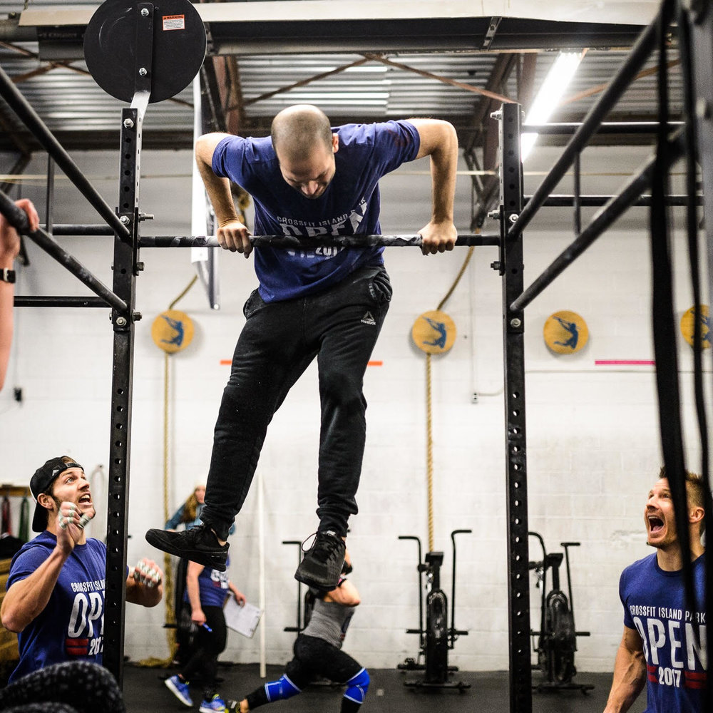 Chris Toffelo getting his first muscle up during 17.2 Photo: Shaun Cleary @supercleary