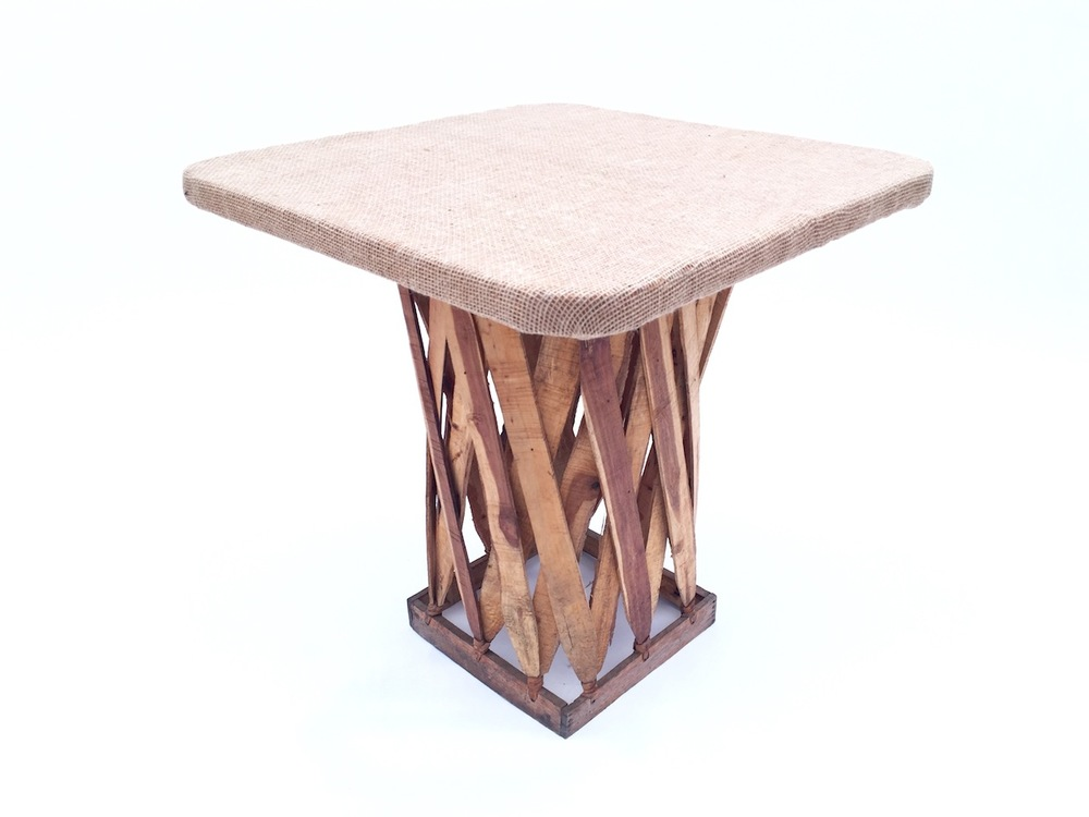 Equipales Burlap Table