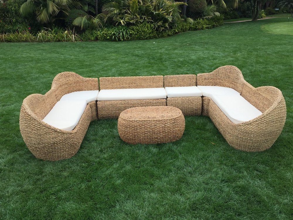 Lg Woven U Lounge