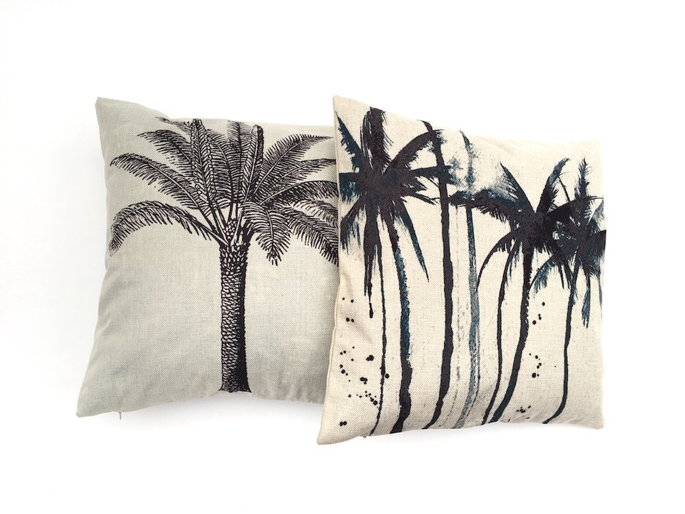 B&W Palm Cushion
