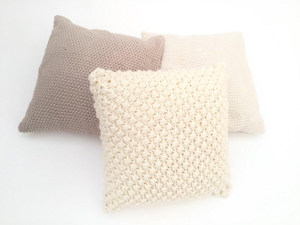 Cushions Wool Knitted 1.jpg