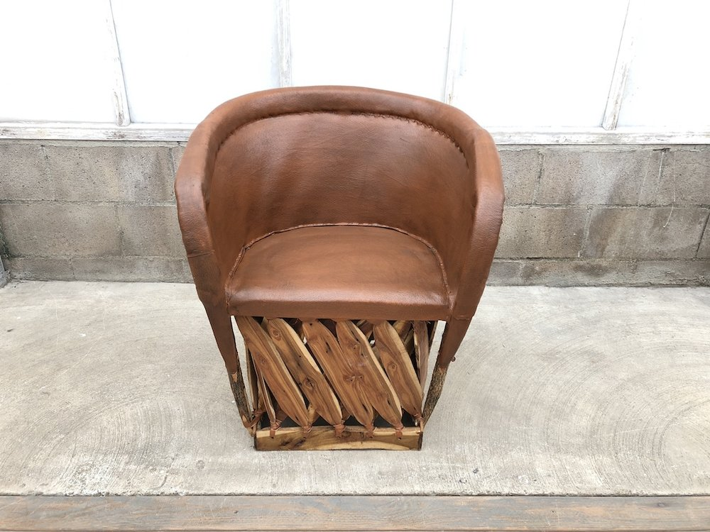 Traditional Tobacco Chair