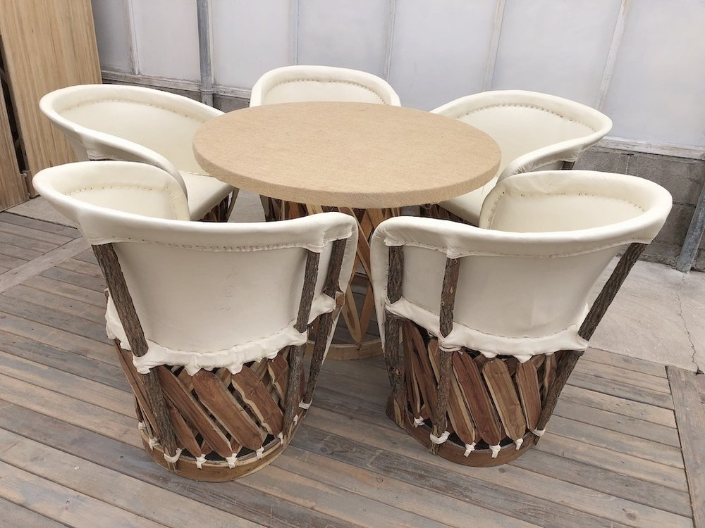 Ivory Chairs with Round Burlap Table
