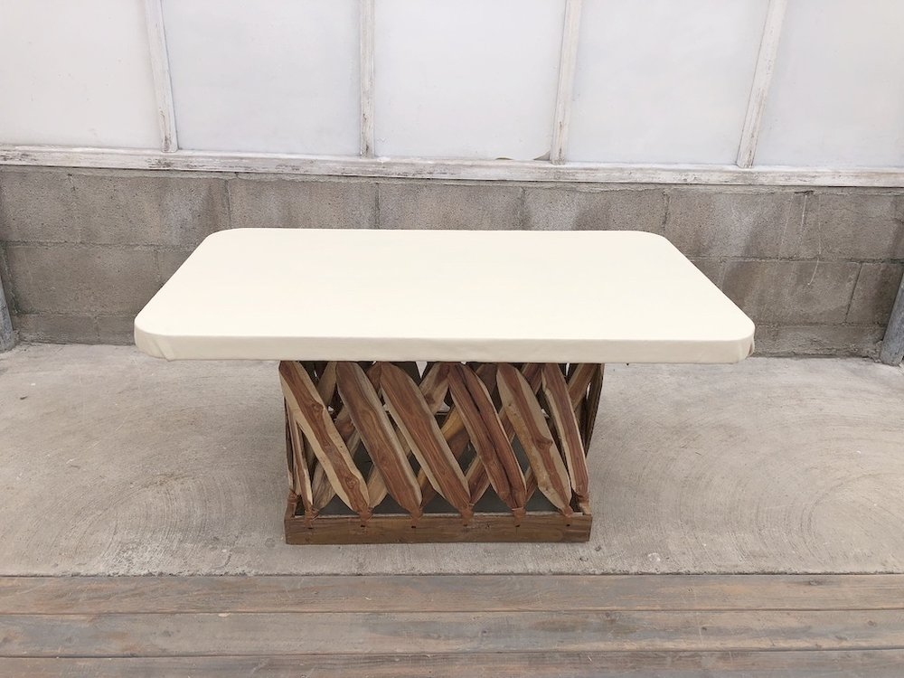 Equipales Ivory Table40x24x20H