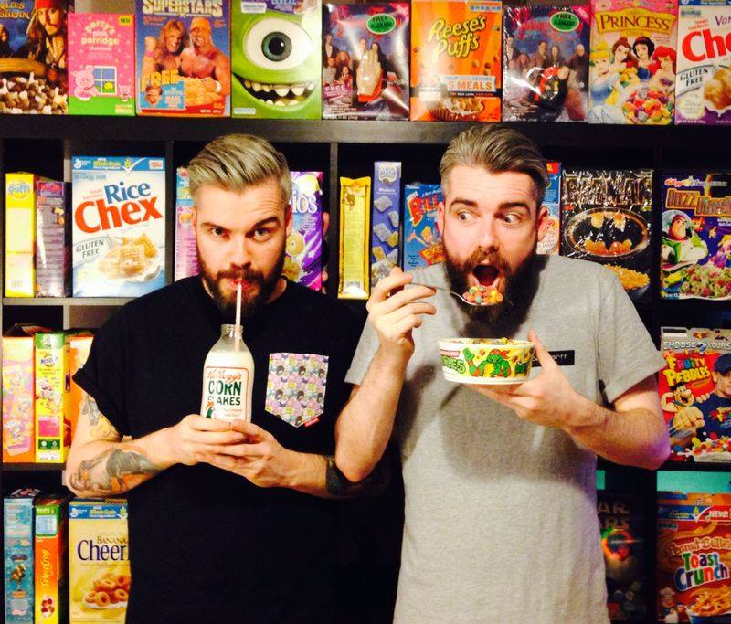 Cereal café twin owners Source: www.cerealkillercafe.co.uk