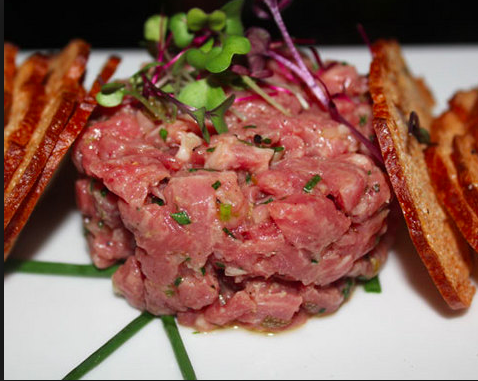 Red's Steak Tartare