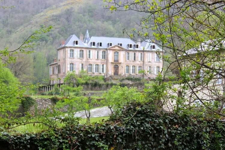 chateau-de-gudanes-panorama.jpg