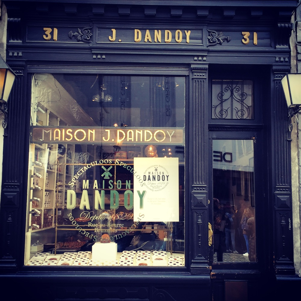 Maison Dandoy, Rue au Beurre, a must visit for the building and the cookies.