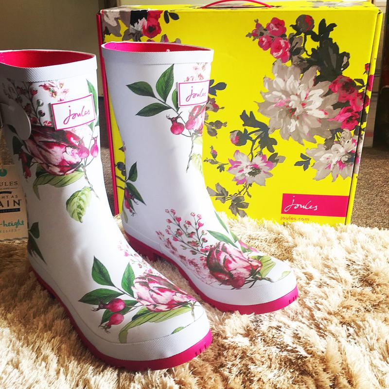MOLLY MID-HEIGHT PRINTED WELLIES.jpeg