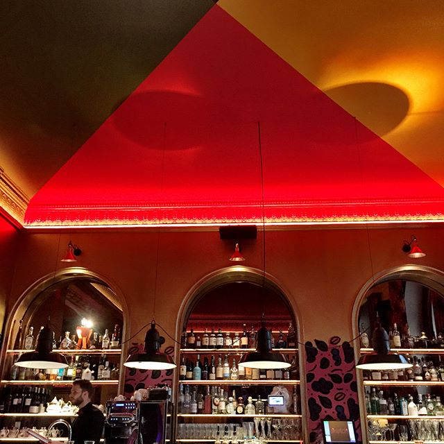For brunch, tea or dinner @sketchlondon is always an explosion of color and fun right by the popular shopping area of Regent and Oxford streets. A nice treat and escape.