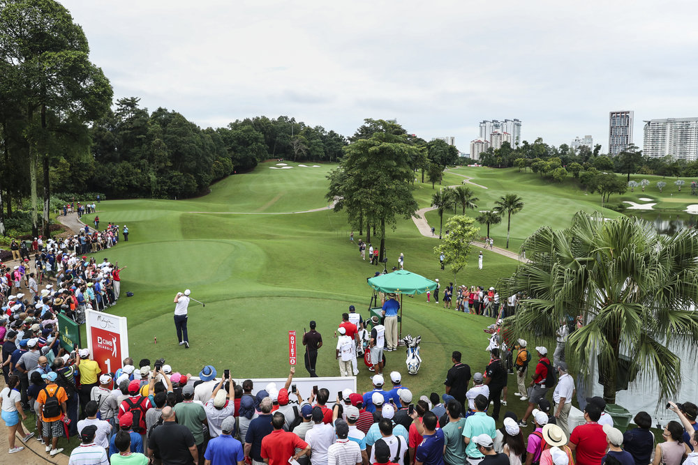 KUALA LUMPUR, MALAYSIA - OCTOBER 13: Marc Leishman of Australia plays his shot on the first tee during the final round of the CIMB Classic at TPC Kuala Lumpur on October 14, 2018 in Kuala Lumpur, Malaysia. (Photo by Yong Teck Lim/Getty Images)