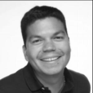 Alejandro Henao.png