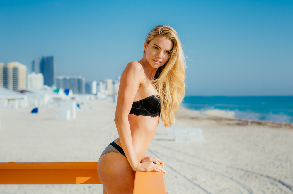 20150213_miami_beach_janessa_gornichec_photo_christoph_schlein (13 von 16).jpg