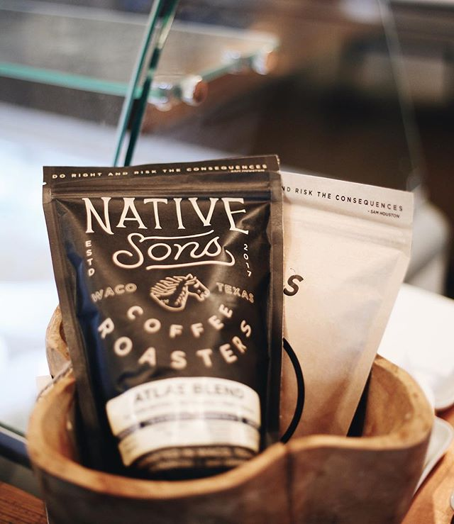 Looking for a last minute Christmas gift? We've got you covered. 🙌🏻 Pick up a bag of @nativesonsroasters (used to make our Coffee ice cream) in our shop for the coffee lovers in your life. 🥰