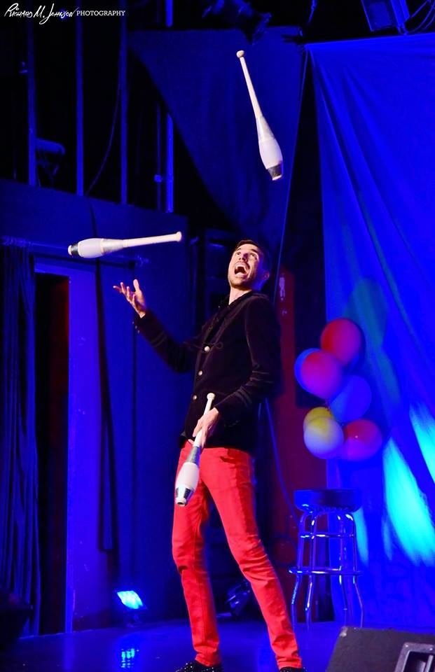 chris ruggiero juggling.jpg